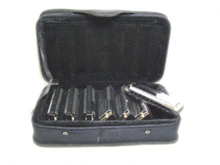 Blues Band Harmonicas & Case 000536